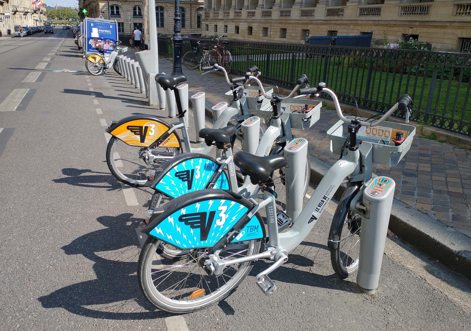 V3 TBM location vélo Bordeaux
