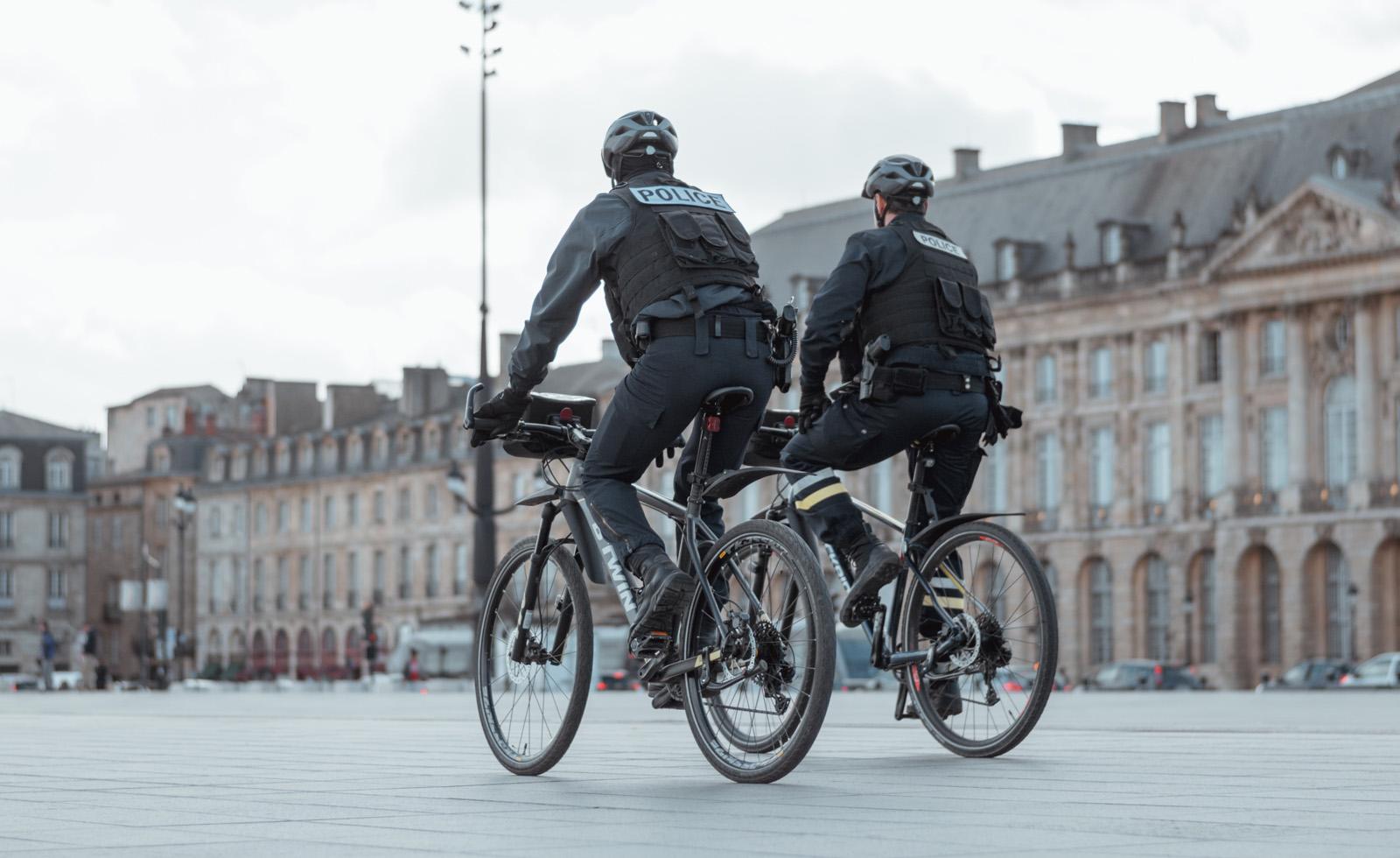 Réglementation : l'équipement obligatoire sur un vélo (et pour un cycliste)